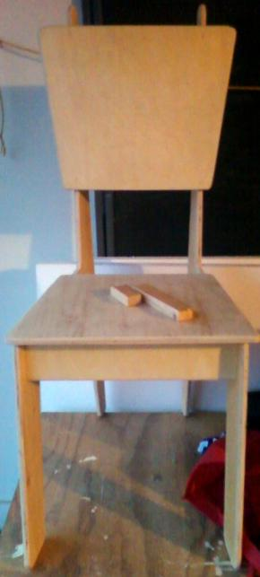 Plywood Jigsaw Chair